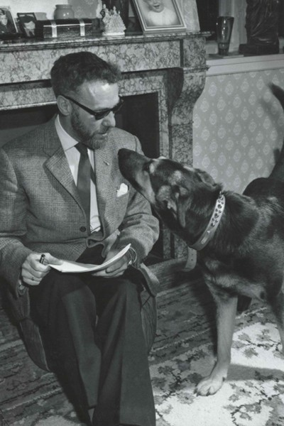 Sven Hassel with his dog Tiki 1963